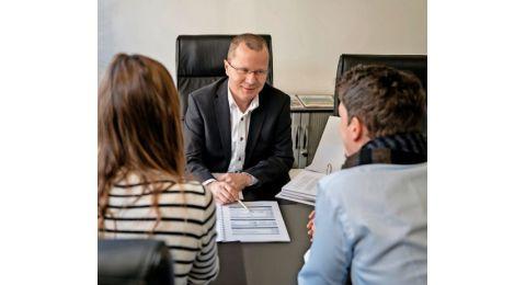 Pascal Bourgoin établit le potentiel de financement de ses clients avant de demander un crédit hypothécaire à un établissement financier